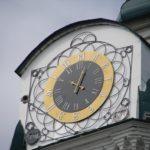 Часы на Спасской церкви в Иркутске