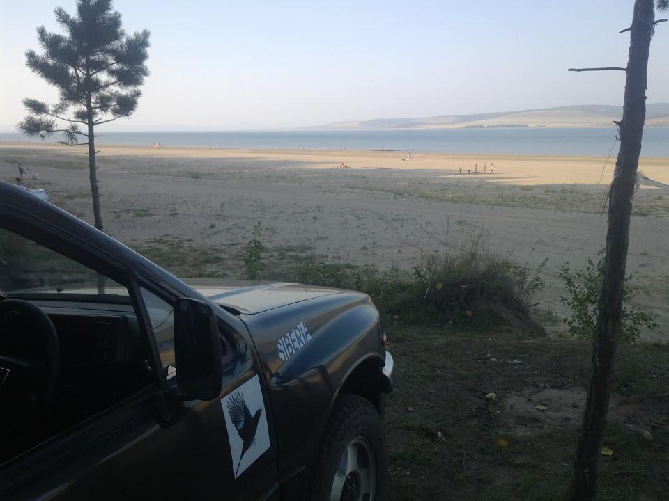 Нукутский пляж Братского моря