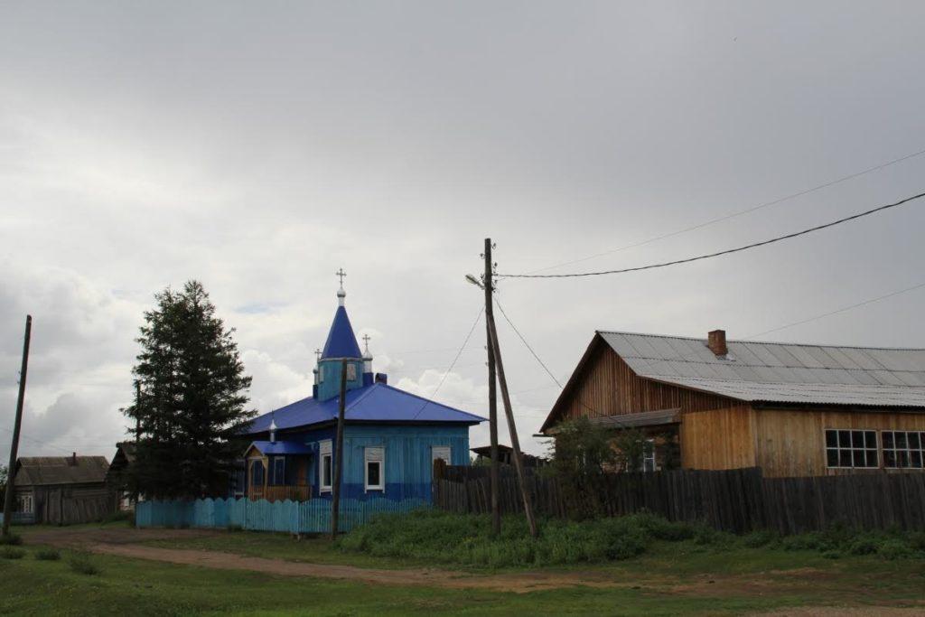 Церковь в селе Манзурка