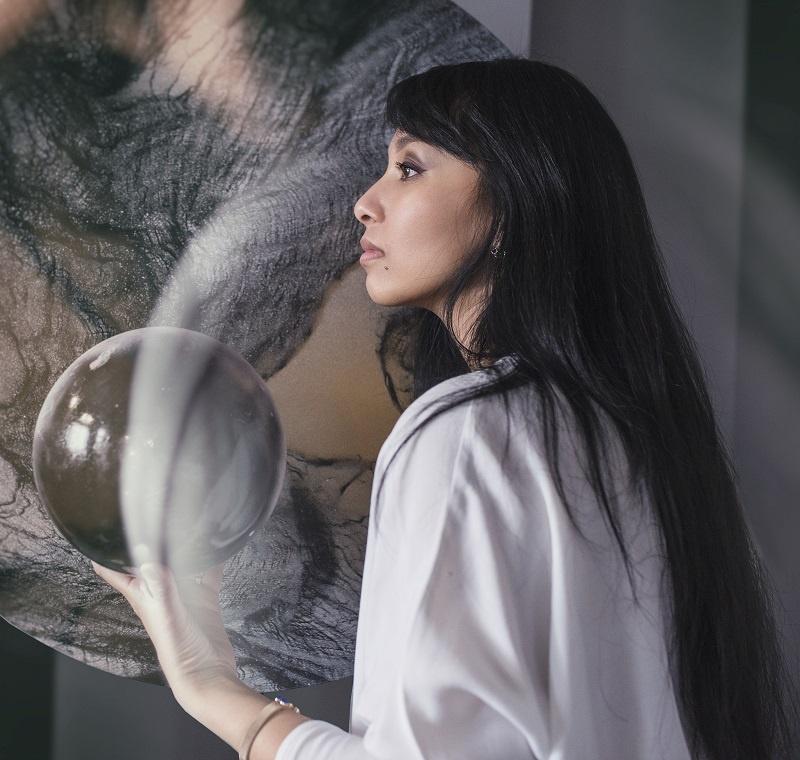 Выставка художника Валентины Дережановой «Всплеск»